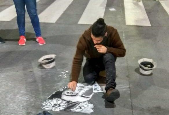 Artistas Callejeros en Av Corientes.